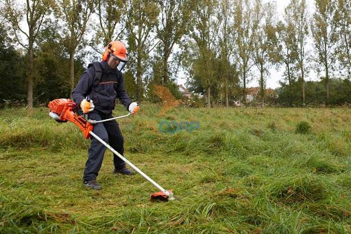 Dịch vụ cắt cỏ phát hoang